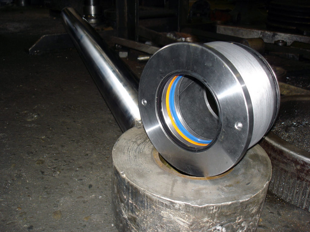 New Hydraulic Packing Gland